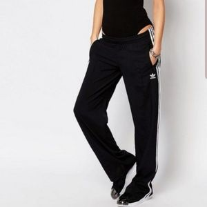 Adidas originals Super Star Wide Leg Track Pants💖